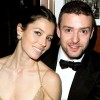 Justin Timberlake gives wife Jessica Biel baked goods for Christmas; Biel spotted with a baby bump in LAX